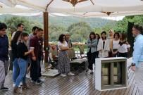 MİMARİ - Mimarlık Öğrencileri Bi'nevi Atölye'de