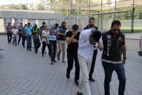 UYUŞTURUCU TİCARETİ - Samsun'da Uyuşturucu Ticaretinden 10 Kişi Adliyeye Sevk Edildi
