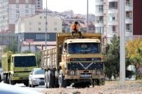 Yozgat'ta Kamyon Üzerinde Tehlikeli Yolculuk