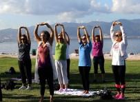 YAŞ SINIRI - Karşıyakalılar Güne Sporla Başlıyor