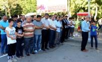 GIYABİ CENAZE NAMAZI - Muhammed Mehdi Akif İçin Gıyabi Cenaze Namazı Kılındı