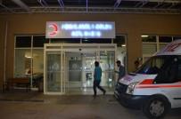 YÜKSEK ATEŞ - Tavuk-Dönerden Zehirlenen 18 Kişi Hastaneye Kaldırıldı