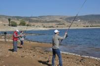 KURA ÇEKİMİ - Denizi Olmayan Kentte Balık Tutma Yarışması