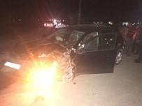 ÖMER TOPRAK - Adıyaman'da Trafik Kazası Açıklaması 3 Yaralı