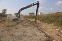 HÜSEYİN OPRUKÇU - ASKİ, Karataş'ta Dereleri Temizliyor