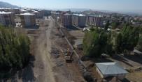 SULTAN ALPARSLAN - Büyükşehir'den Yunus Emre Mahallesi'ne Yeni Bağlantı Yolu