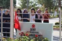 Öğrencilerden Ömer Halisdemir'in Kabir Ziyaretleri Programına Yoğun İlgi