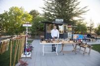 KÜMBET - Ahlat'a Özgü Hediyelik Ürünler İlgi Görüyor