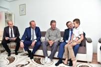 ZIYA POLAT - Akgül Şehit Ailelerini Ziyaret Etti