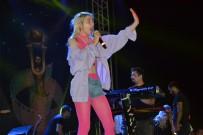 SEYHAN NEHRİ - Herkes Bunu Konuşuyor; 'Aleyna Tilki Konserini Conolar Mı Bastı?'