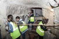 NEVŞEHİR BELEDİYESİ - Nevşehir'de 800 Yıllık Kilisede Duvar Resmi Sağlamlaştırma Çalışmaları Başladı