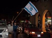 İSRAIL BAYRAĞı - Referandum Sonra Kutlamalarında İsrail Bayrağı