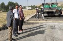 ARİF KARAMAN - Adilcevaz'da Köy Yollarına Sıcak Asfalt