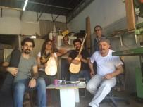 MÜZİK ÖĞRETMENİ - Aybuke Müzik Atölyesine Bağlama Desteği