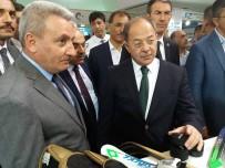 RECEP AKDAĞ - Başbakan Yardımcısı Akdağ'ın Buz Sporları Memnuniyeti