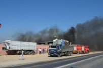 OKSİJEN TÜPÜ - Hatay'da Hurdacı Deposunda Patlama Açıklaması 3 İşçi Yaralı