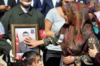 Şehidin Cenazesinde 'Kahrolsun PKK' Sloganları Atıldı