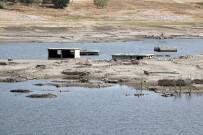 ESENLI - Sular Çekildi, Köy Ortaya Çıktı