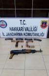 SÜTLÜCE - Arazi Aramalarında Silah Ele Geçirildi