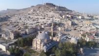 NEVŞEHİR BELEDİYESİ - Nevşehir Kalesi'nde Arkeolojik Kazı Çalışmaları Başladı
