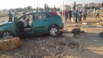 AKALAN - Otomobil İle Çekici Çarpıştı Açıklaması 1 Ölü, 2 Yaralı