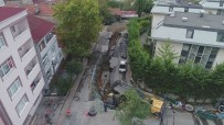 SAĞANAK YAĞMUR - Sarıyer'de Selin İkiye Ayırdığı Cadde Havadan Görüntülendi