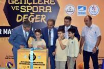 PENDİK BELEDİYESİ - Pendik'te 146 Okula Spor Malzemesi Desteği