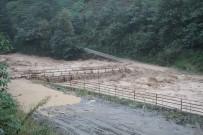 Rize'de Şiddetli Yağış Açıklaması 1 Ölü