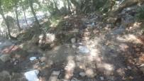 SAKLI CENNET - Savruk Şelalesinde Sonbahar Temizliği