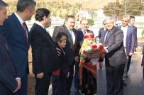 EREN ÜNIVERSITESI - Bakan Eroğlu'ndan Bitlis'e 19 Milyonluk Müjde