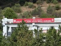 İNFAZ KORUMA - Cezaevinde Mahkumlar Fahiş Fiyata Satılan Ürünler Nedeniyle Eylem Yaptı