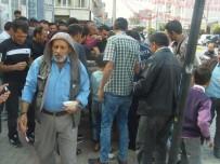 ÖZALP BELEDİYESİ - Özalp Belediyesi Cuma Namazı Sonrası Aşure Dağıttı