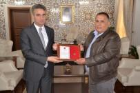 TSK Güçlendirme Vakfı'na Bağış Yapan Vatandaşa Madalya