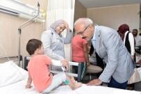 EL EMEĞİ GÖZ NURU - Bakan Elvan, Hastalar, Yaşlılar Ve Şehit Aileleriyle Bayramlaştı