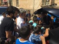 ORTAK AKIL - Başkan Yazıcı Bayramın İlk Gününü Halka Ayırdı