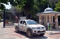 ŞEYH EDEBALI - Bilecik'in Cadde Ve Sokaklarını Gül Kokusu Sardı
