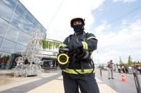 BİNA YANGINI - Büyükşehir İtfaiyesi 4 Bin 280 Olaya Müdahale Etti