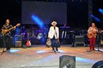 SERMİYAN MİDYAT - MFÖ'den tatilcilere müzik ziyafeti