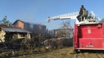 SAMANLıK - Nişan Hazırlığı Yapılan Samanlıkta Yangın Çıktı
