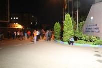 MEHMET CENGİZ - Rize'de, Sambacı Futbolcuya Meşaleli Karşılama