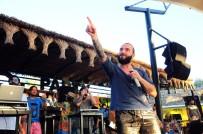YALıKAVAK - Ünlü Şarkıcı Berkay'dan Beach Konseri