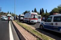 ERCIYES - Yolcu Minibüsü İle Otomobil Çarpıştı Açıklaması 5 Yaralı
