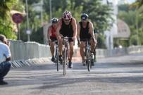 KISA MESAFE - Alanya Belediyesi 27. Uluslararası Triathlon Yarışları Yapıldı