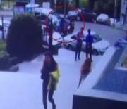 ATHENA - Ünlü Besteci Ozan Musluoğlu Beşiktaş'ta Motosikletiyle Bir Kadına Çarptı