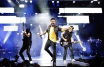 SEZEN AKSU - Ağustos'ta Fizy Müzik Listelerinin Galibi Tarkan Oldu