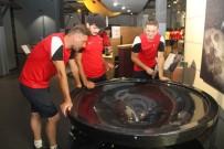 AVRUPA FUTBOL ŞAMPİYONASI - Ampute Milli Futbol Takımı, İzmit'i Gezdi