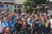 HALIL ETYEMEZ - Derbent'te Bayramlaşma