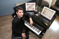 YAŞAR ÜNIVERSITESI - İzmirli Piyanist Kaan'a Uluslararası Ödül