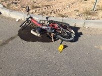 Karaman'da Otomobille Motosiklet Çarpıştı Açıklaması 1 Ölü