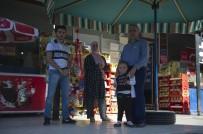 EMEKLİ POLİS - Silahın Namlusunu Kendine Çeviren Kadın, Eşinin Hayatını Kurtardı